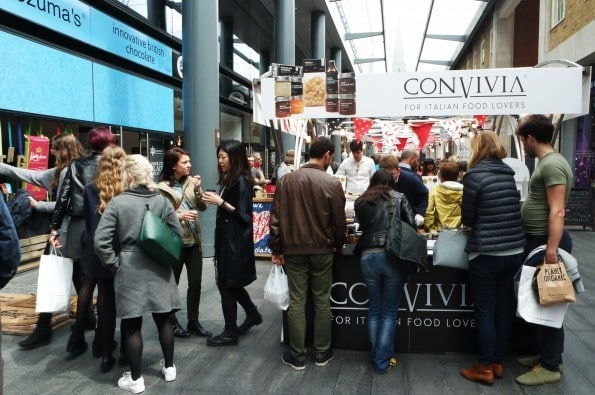 Volcanic Wine and 'Dog'erchiefs at Spitalfields Market