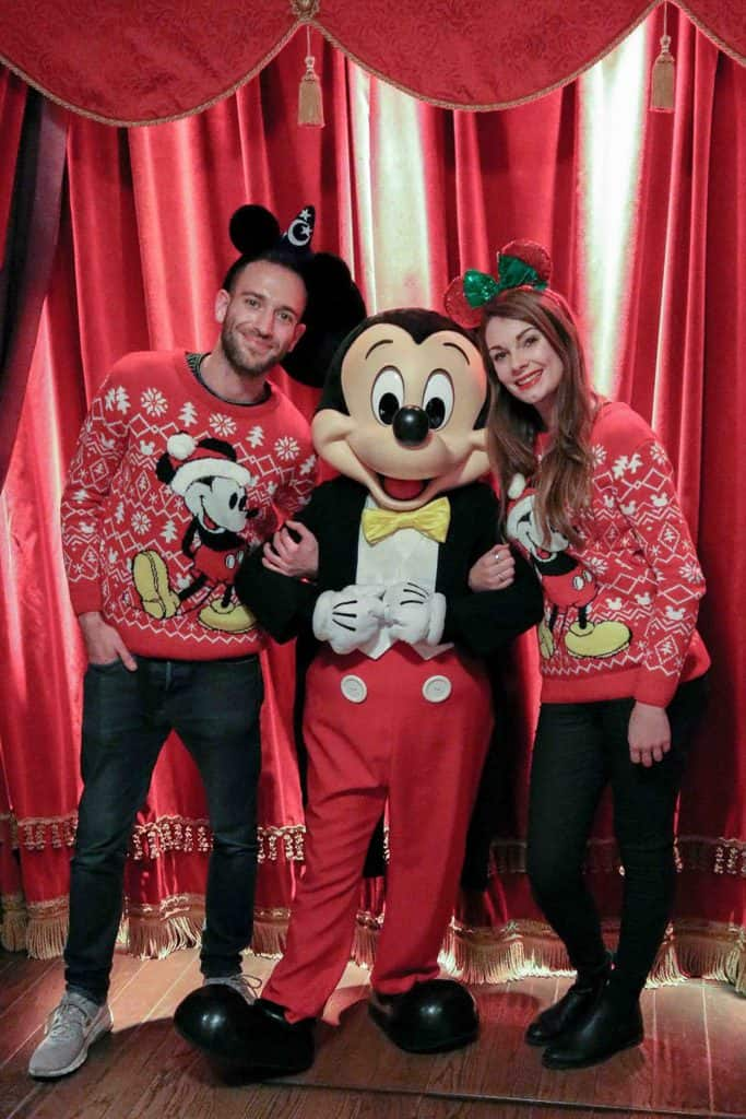 meeting Mickey Christmas