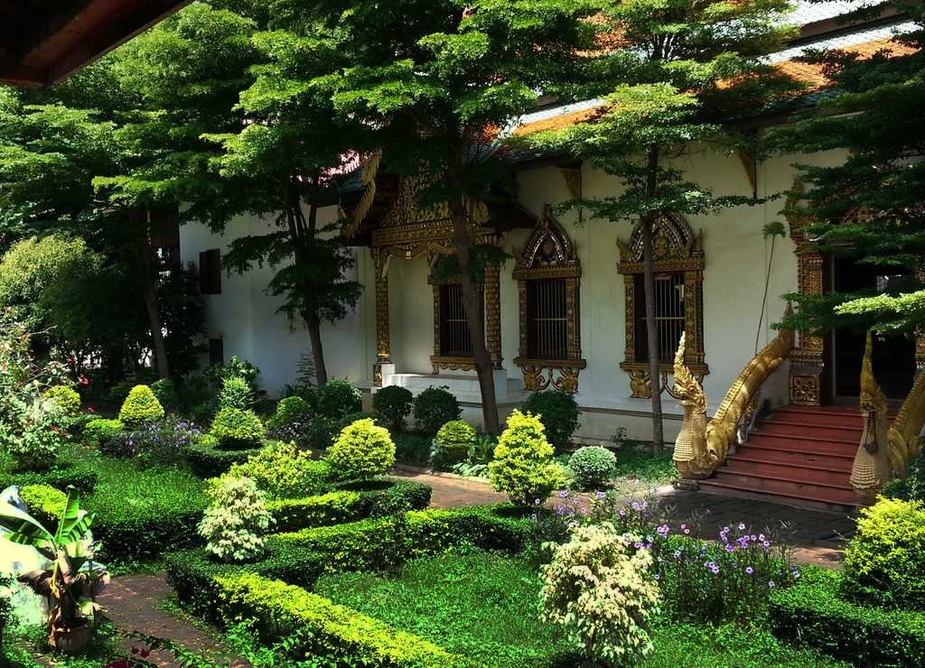chiang mai temples old city