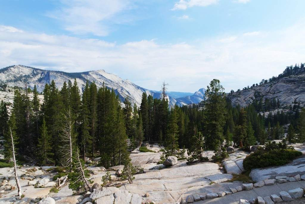 A Guide to Hiking the Yosemite Mist Trail